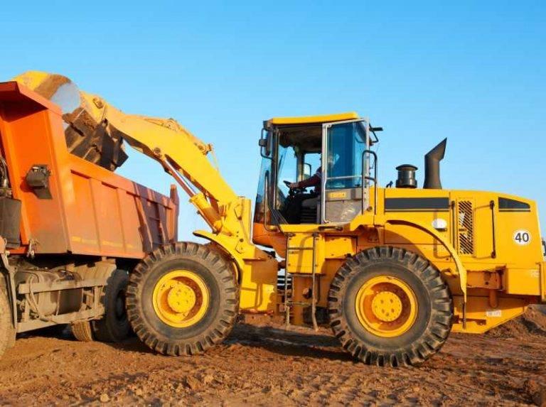 PKS stavby - přeprava sypkých materiálů - písek, štěrk